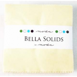 Moda Bella Solid Charms Snow